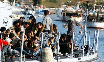 Italie : un réseau de passeurs de migrants démantelé