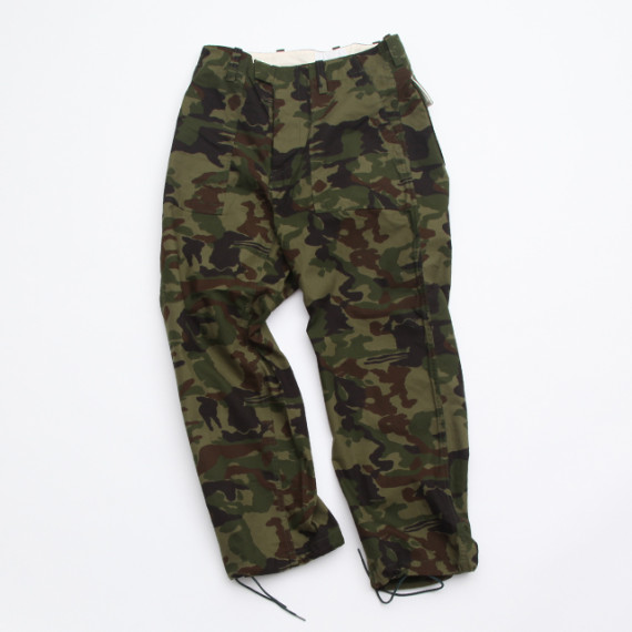 nanamica-gore-tex-camouflage-cruiser-jacket-fatigue-pants-06-570x570