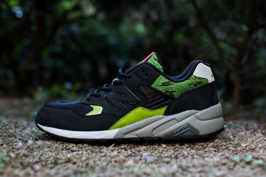an-exclusive-look-at-the-mita-sneakers-x-sbtg-x-new-balance-mrt580sm-01-2