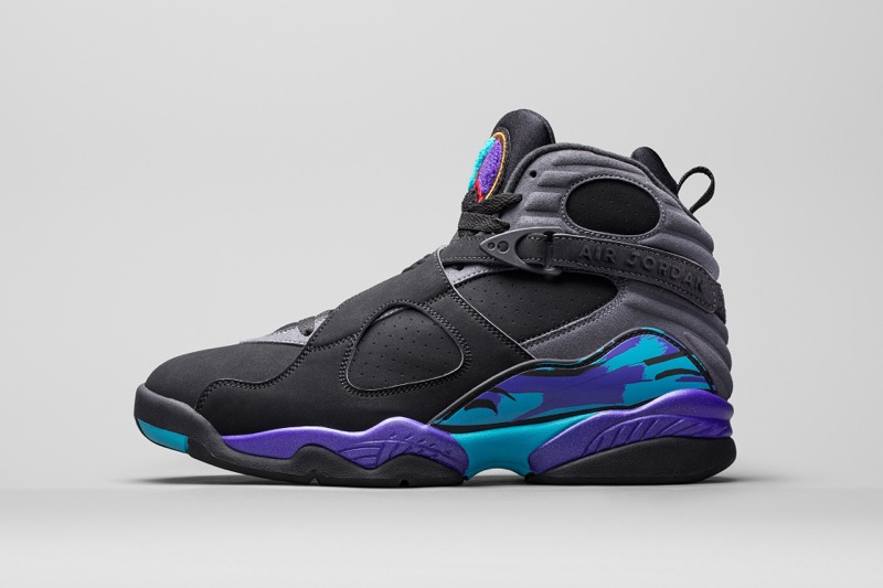air-jordan-holiday-2015-retro-01-960x640