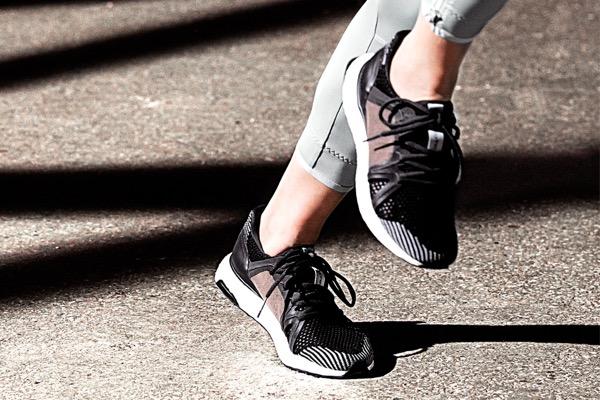 stella-mccartney-adidas-ultra-boost-03