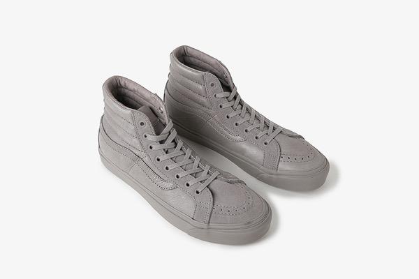 engineered-garments-vans-mismatched-sk8-hi-classic-slip-on-01