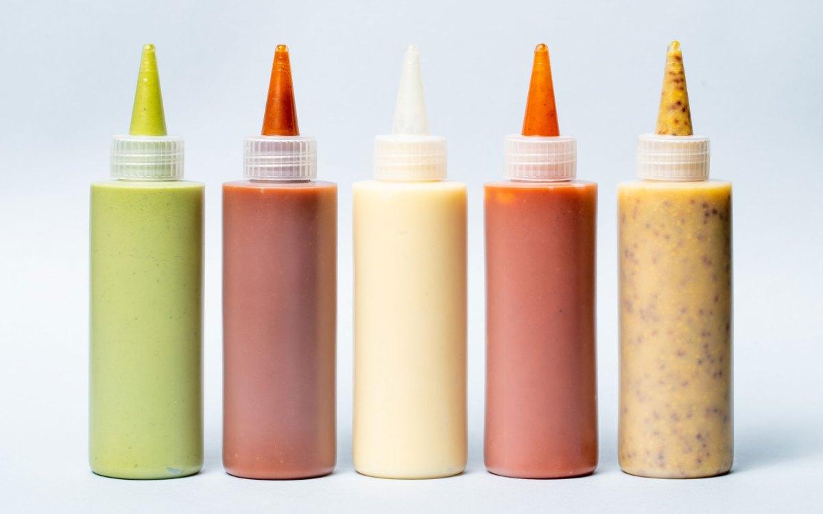 generic sauce bottle packaging