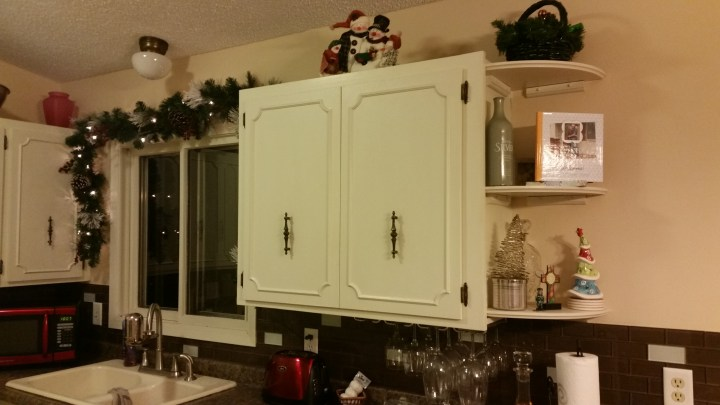 Christmas decorations kitchen