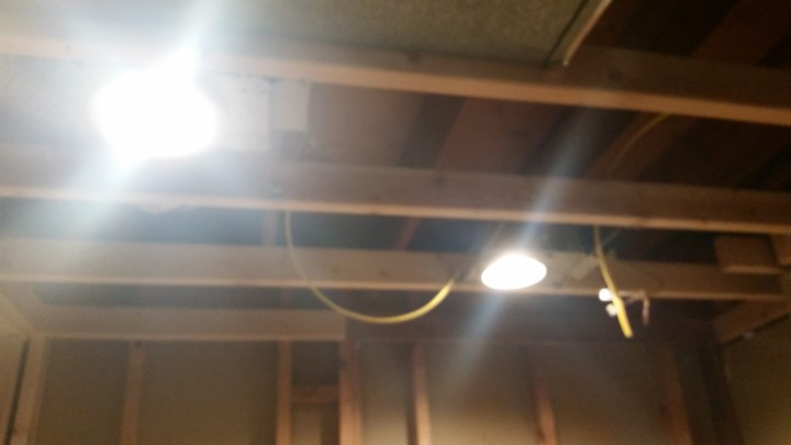 electrical lighting can lights