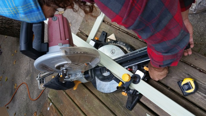DIY easy mirror frame project baseboard miter saw