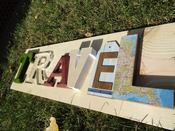 DIY reclaimed wood signs TRAVLE