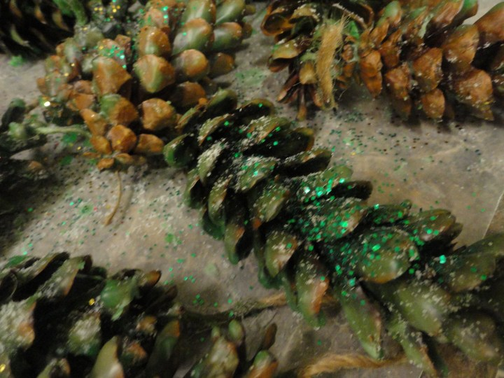 DIY wax pinecone fire starters green glitter