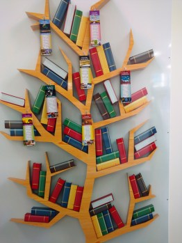 te-kuiti-library-bookmark-tree