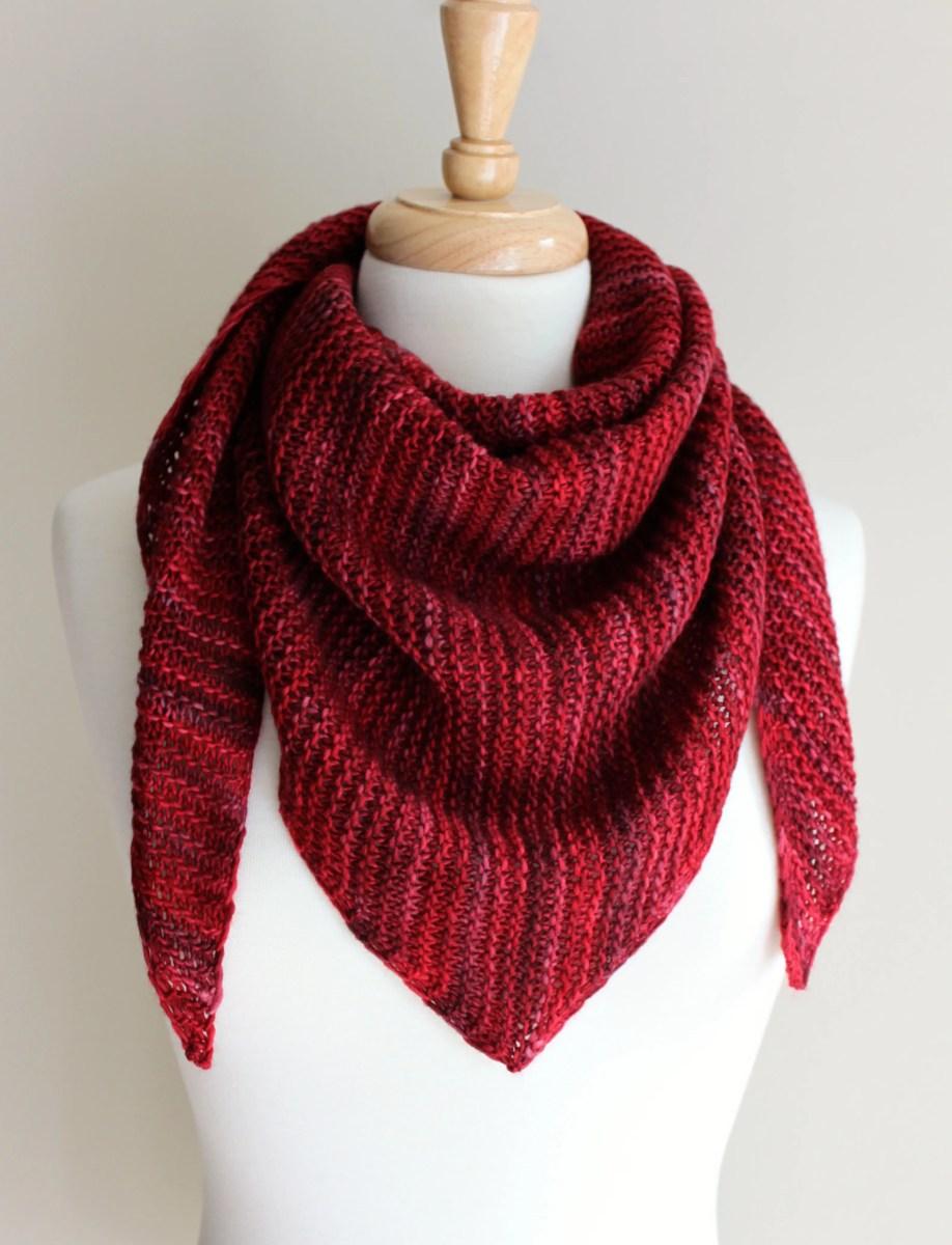 Free Knitting Patterns: Truly Triangular Scarf | Leah ...