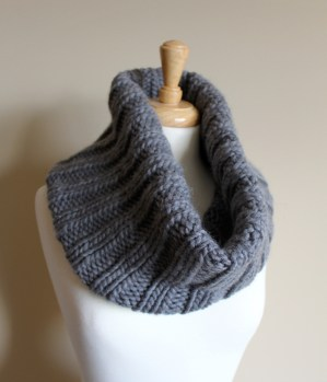 Chunky Ribbed Cowl rolled