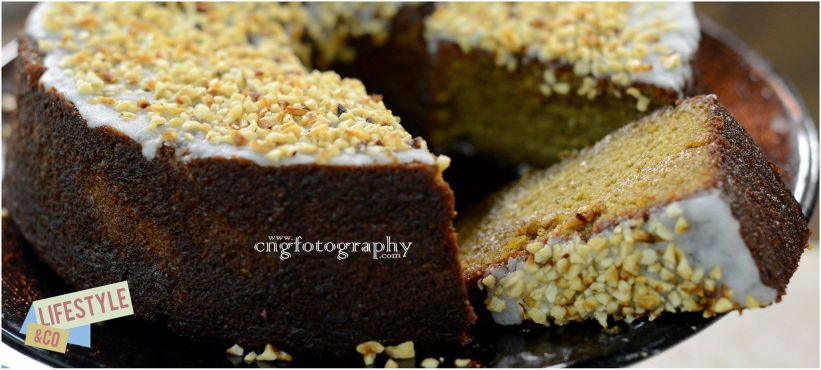 moist tangerine and almond cake