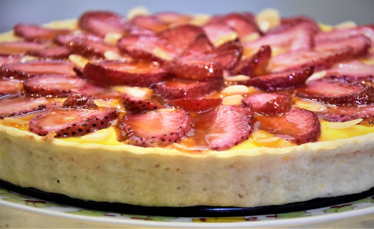 Strawberry almond custard tart