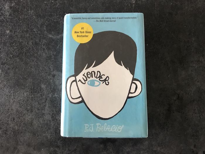 Photo of book Wonder by R. J. Palacio