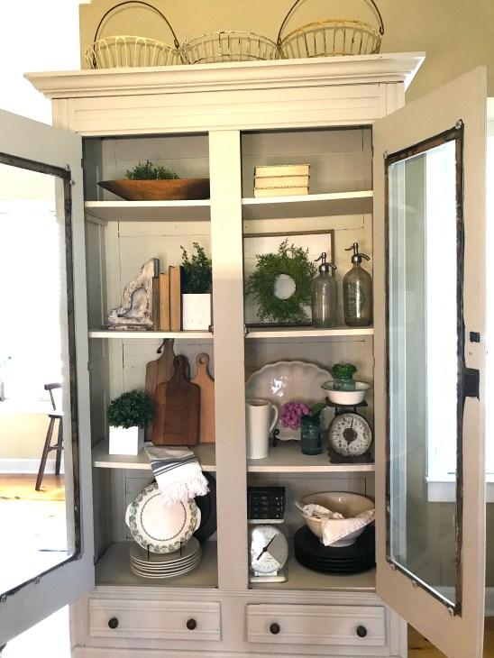 dit armoire cabinet