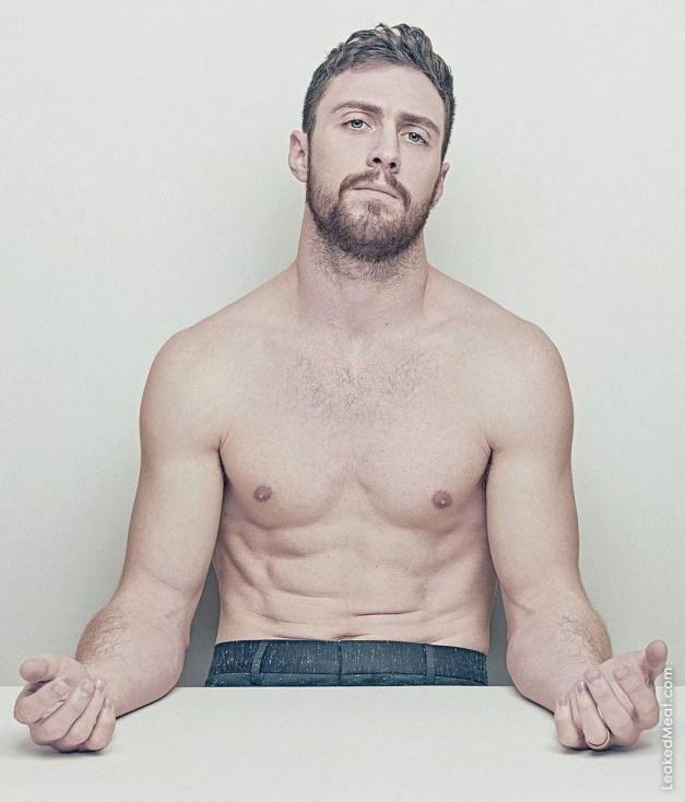 Watch Online    Aaron Taylor-Johnson Penis Pics & Nude Scenes
