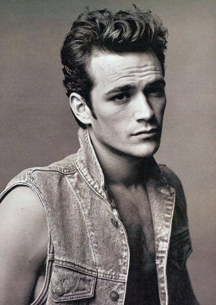Watch Online |  Luke Perry Nude Photos & Video Clips