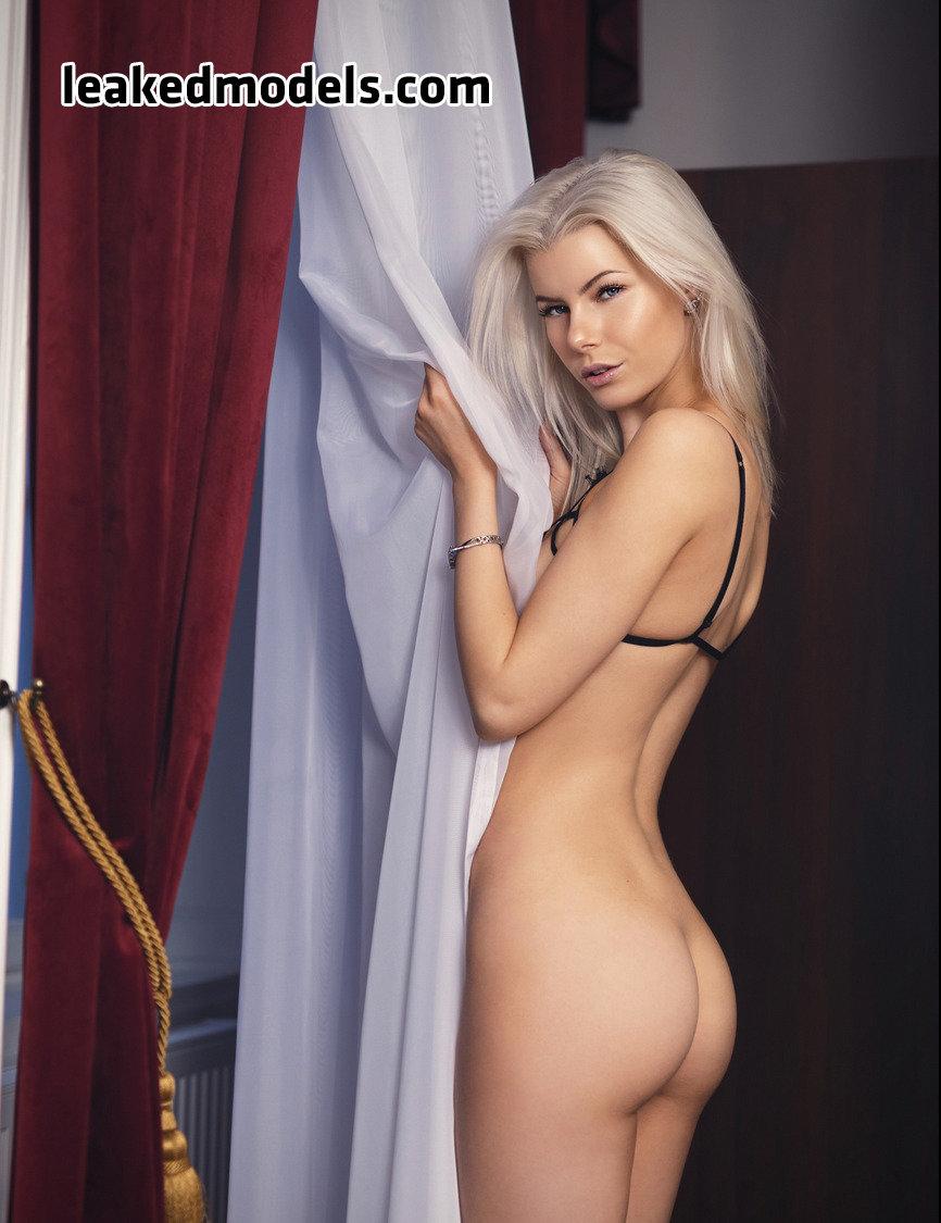 honeybabesugarpiie killeryina leaked nude leakedmodels.com 0017 - Viktoria – Honeybabesugarpiie killeryina OnlyFans Nude Leaks (30 Photos)