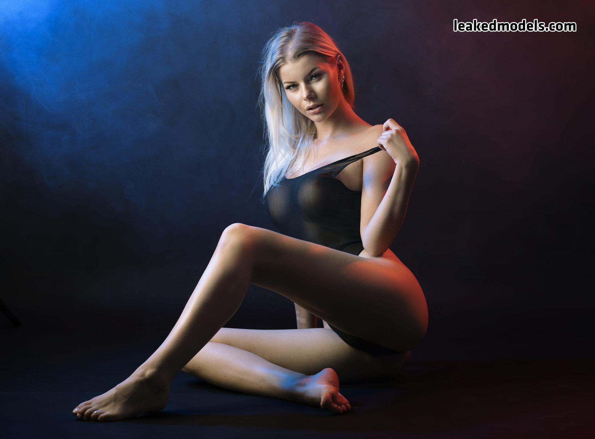 honeybabesugarpiie killeryina leaked nude leakedmodels.com 0028 - Viktoria – Honeybabesugarpiie killeryina OnlyFans Nude Leaks (30 Photos)