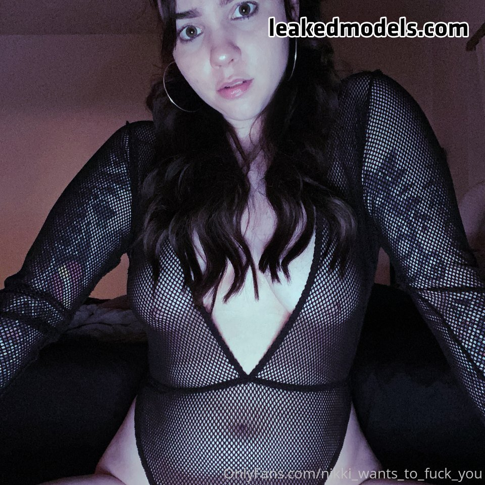 Nikki Hunt – nikki_wants_to_fuck_you OnlyFans Nude Leaks (33 Photos)