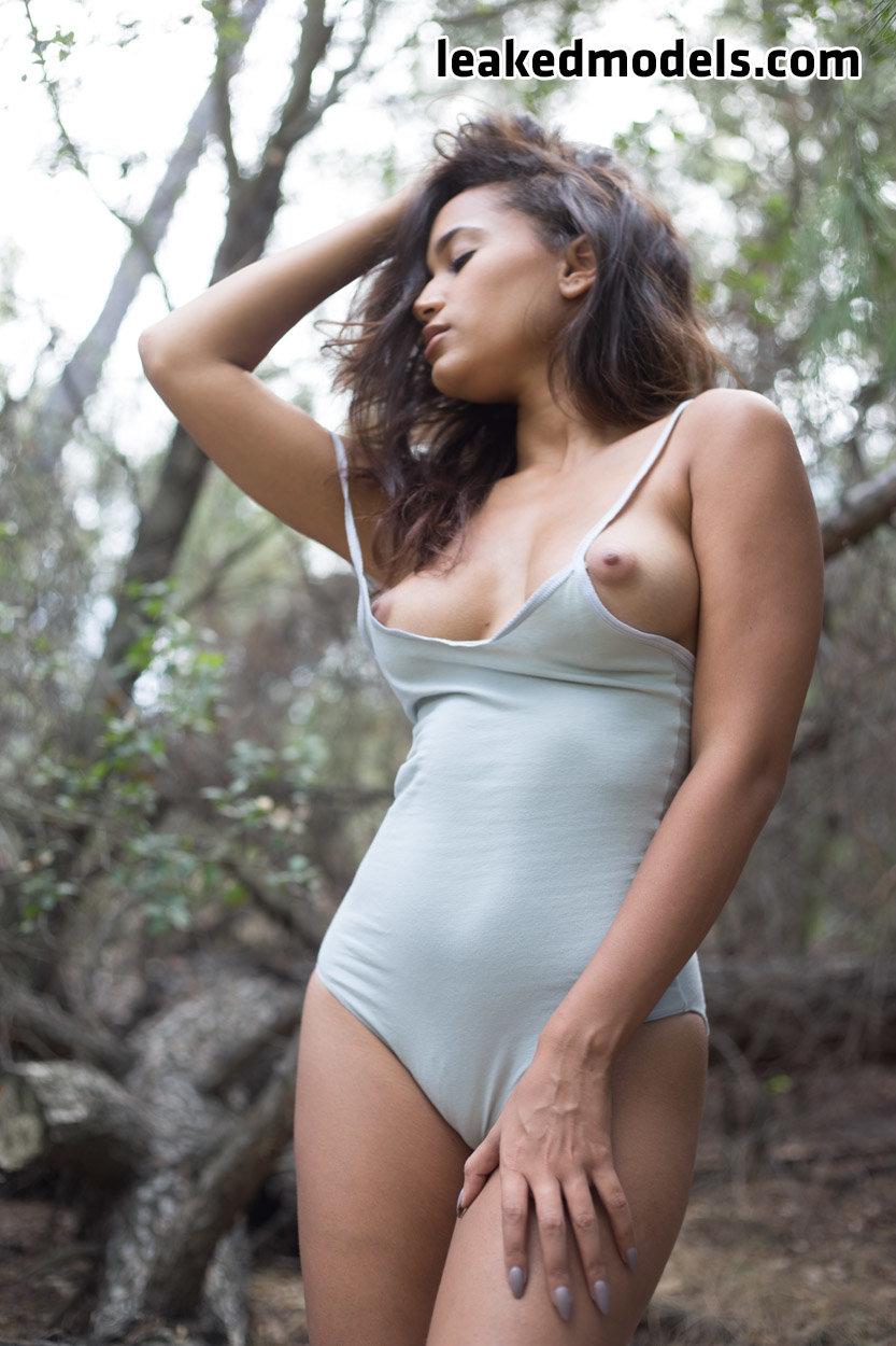 shelby lyn leaked nude leakedmodels.com 0011 - Shelby Lyn – theshelbylyn Instagram Nude Leaks (33 Photos)