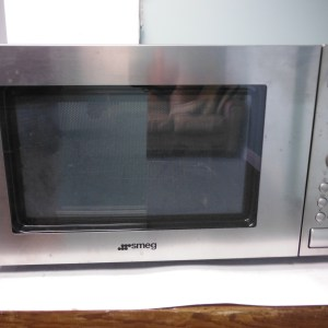 Smeg Silver Microwave (European 220/50 Cycle)