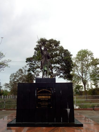Statue of Maharaja Narasingh in central Imphal.