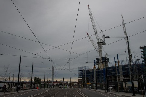 docklands-melbourne-trams-lines-road