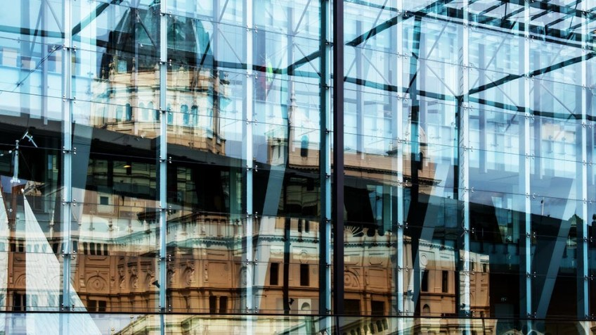 royalexhibition-building-reflection-museum-colour