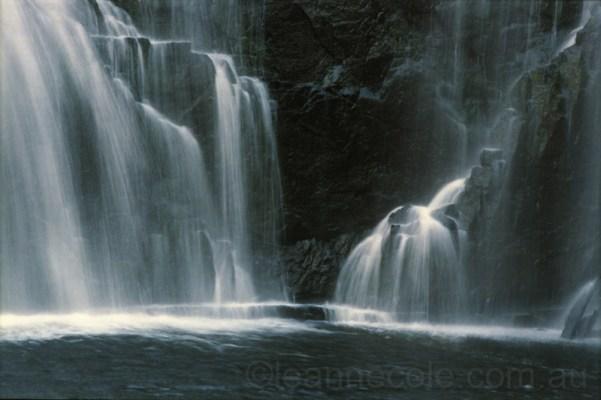 waterfalls-mckenzie-falls-grampians-22