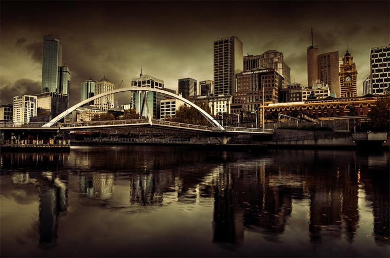 fineart-photo-cityscape-storm-clouds-southbank-bridge-Melbourne