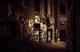 graffiti-lane-door-opening-melbourne