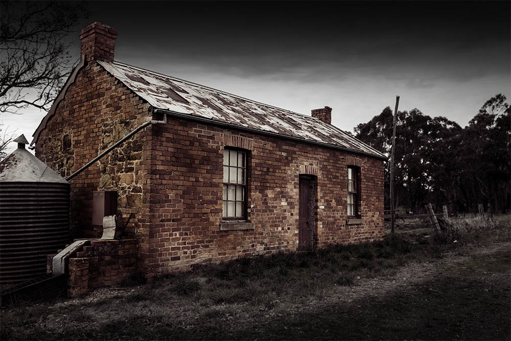 house-old-brick-maldon-abandoned