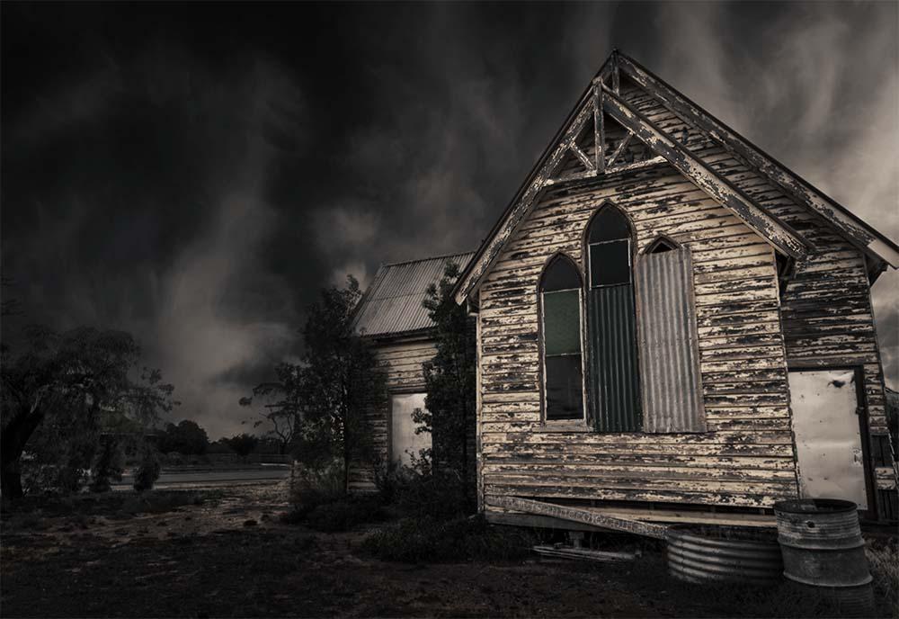 old-church-woomelang-falling-down