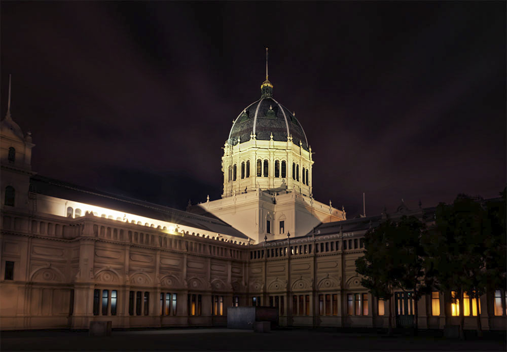 royal-exhibition-building-night-architecture