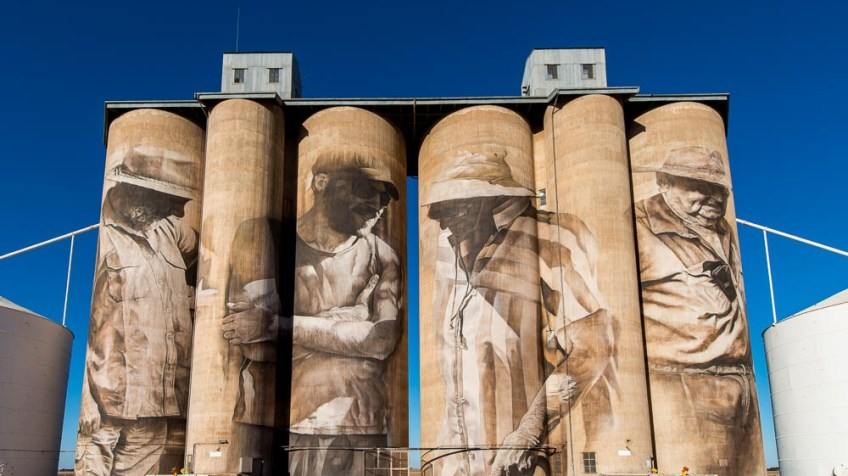 brim-silos-paintings-victoria-yarriambiack-3010
