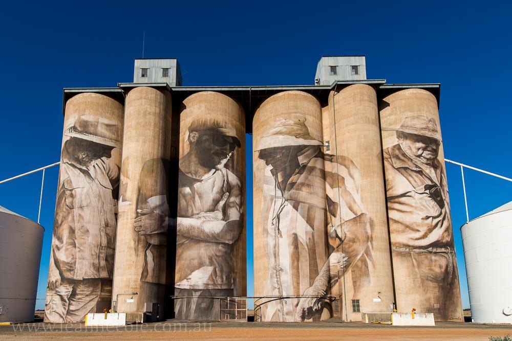 brim-silos-paintings-victoria-yarriambiack-3010