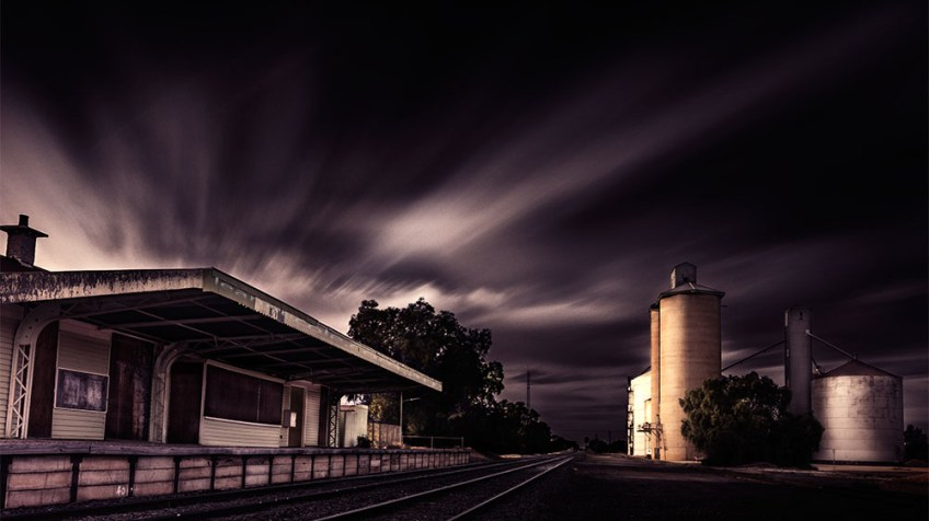 train-station-silos-woomelang-victoria