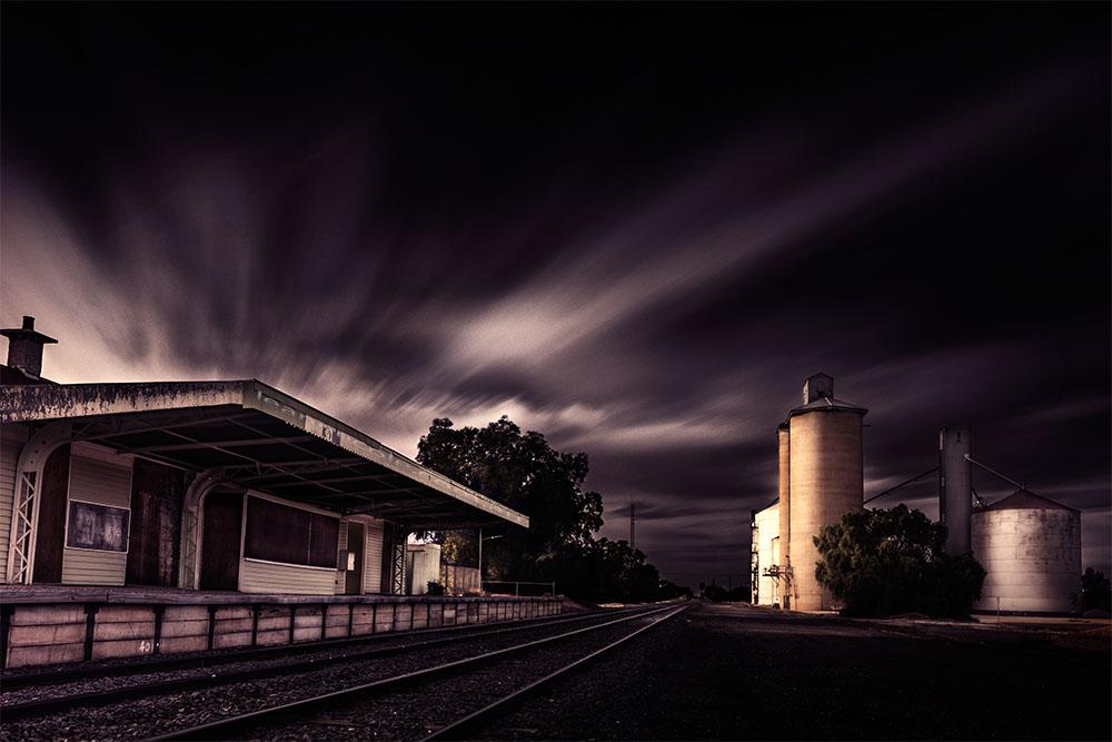 train-station-silos-woomelang-victoria
