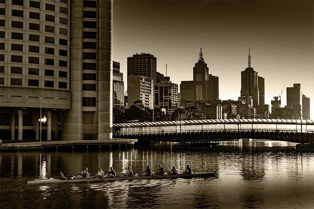cityscape-melbourne-skyline-rowers-river