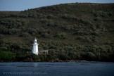 strahan-tasmania-boats-harbour-lighthouse-2690