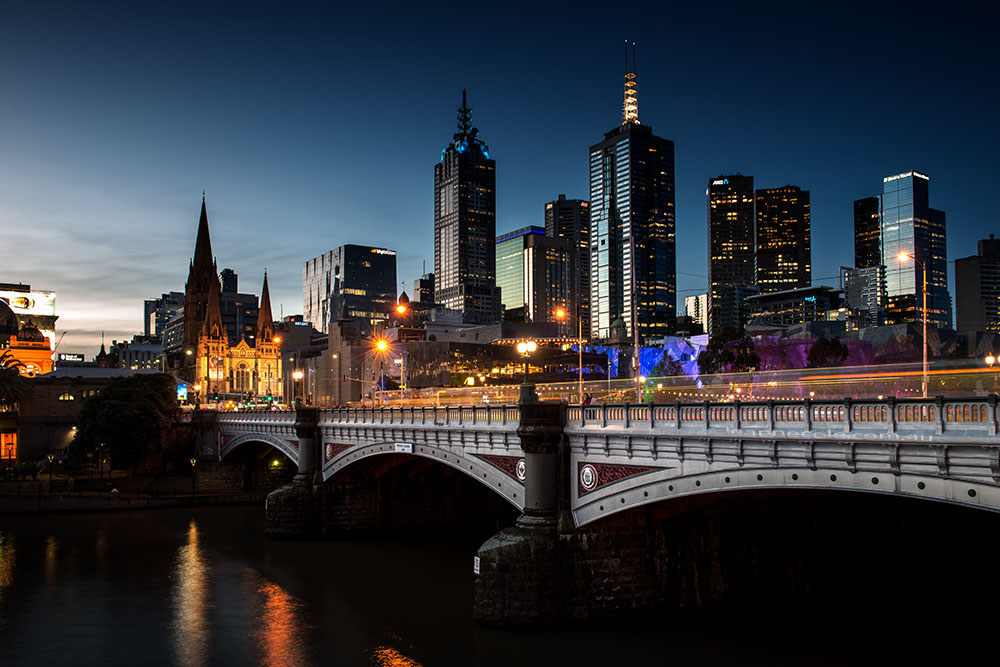 melbourne-princes-bridge-sunsetting-bluehour
