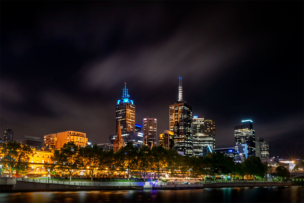 melbourne-city-skyline-longexposure-night