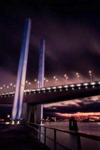 bolte-bridge-night-melbourne-yarrariver