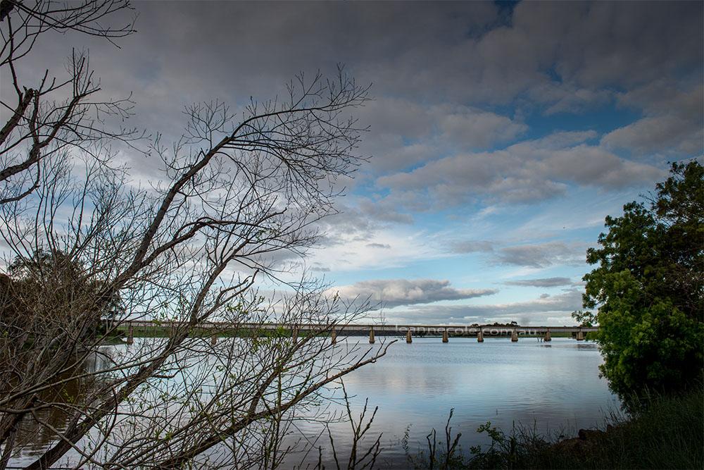 cairn-curran-reservoir-newstead-8122