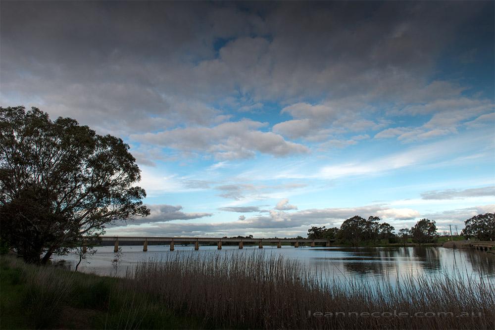 cairn-curran-reservoir-newstead-8125