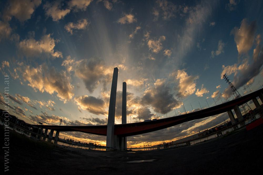 docklands-samyang-fisheye-bridges-night-0892