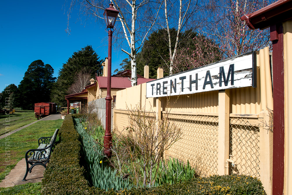 trentham-trainstation-waterfall-pub-victoria-3786