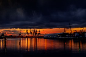 bolte-bridge-docklands-sunset-melbourne