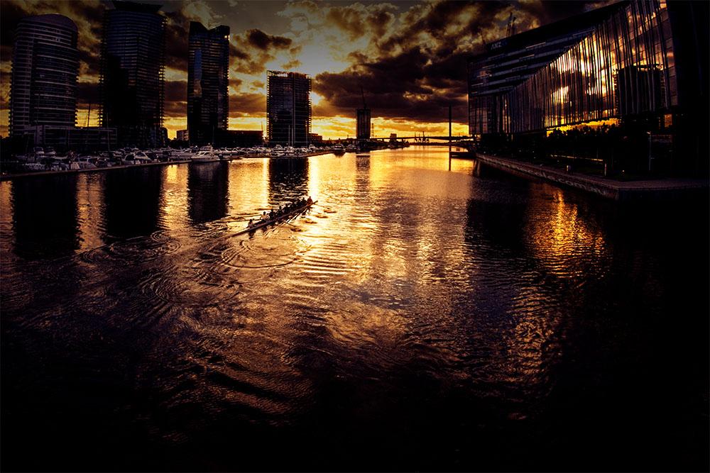 docklands-sunset-rowers-melbourne-yarrariver